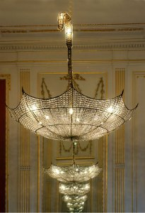 hans-van-bentem-custommade-chandelier-umbrella