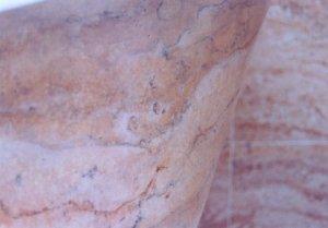 travertine-tub-close-up