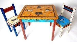 whimsical-hand-painted-childrens-tables-and-chairs_1237459456219